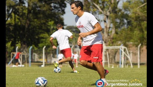 Peruanos Gambetta y 'Zlatan' en lista para debut en Argentinos