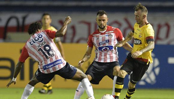Con goles de Byron Castillo y Jonatan Álavarez, Barcelona se impuso de visita ante un irreconocible Junior por la jornada 5 del Grupo A en el estadio Metropolitano de Barranquilla. . (Foto: AFP)