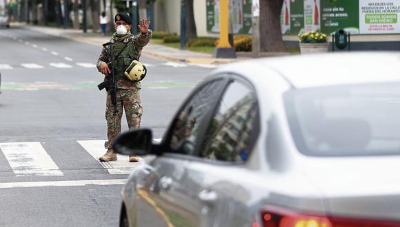 El control policial y militar es una medida dispuesta por el Gobierno para esta coyuntura. (Foto: Hugo Curotto / GEC)