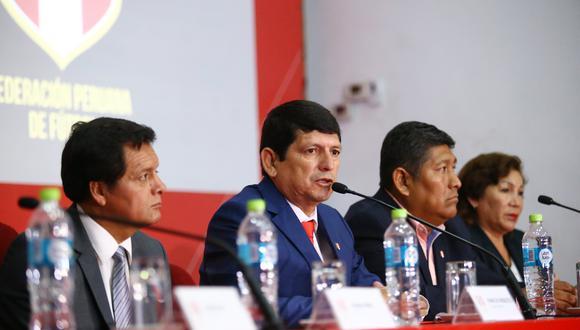 Agustín Lozano es el actual presidente de la FPF. El titular reemplazó en el cargo a Edwin Oviedo. (Foto: GEC)