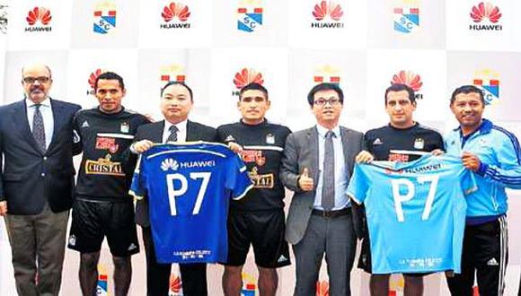 Huawei auspiciará al club Sporting Cristal por temporada 2014
