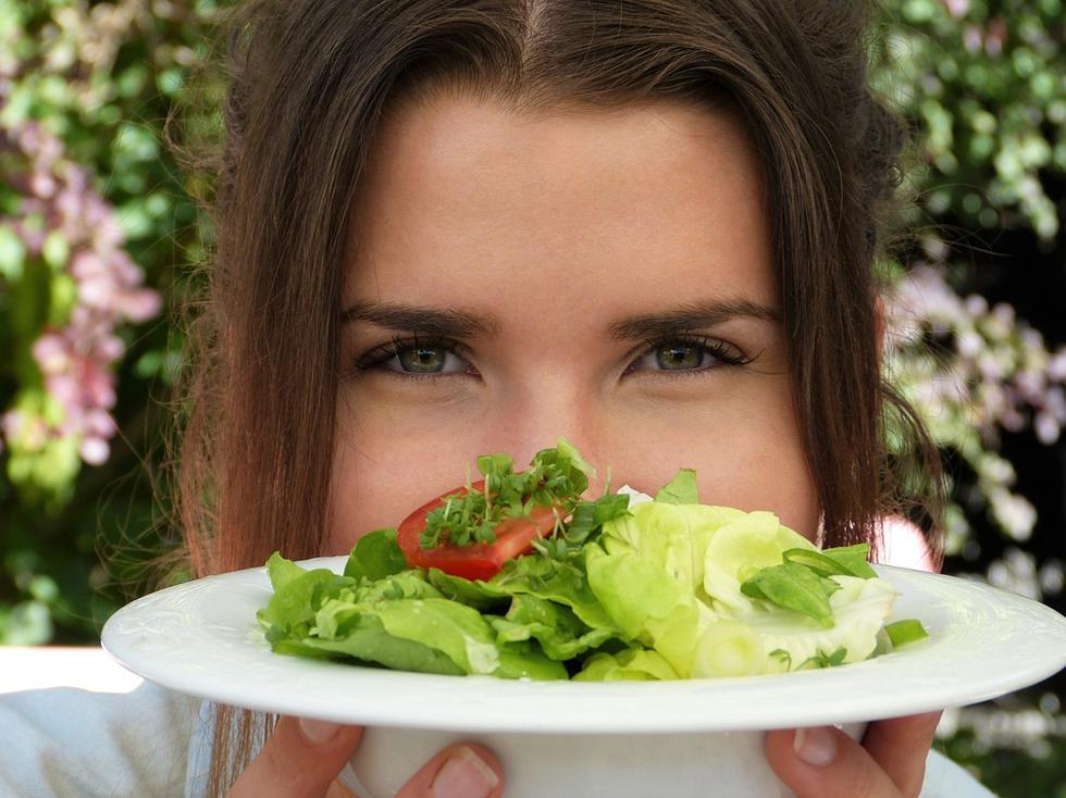 Las hortalizas poseen gran cantidad de agentes anticancerígenos que nos pueden ayudar a prevenir este mal que ataca nuestra piel. (Foto: Pixabay)
