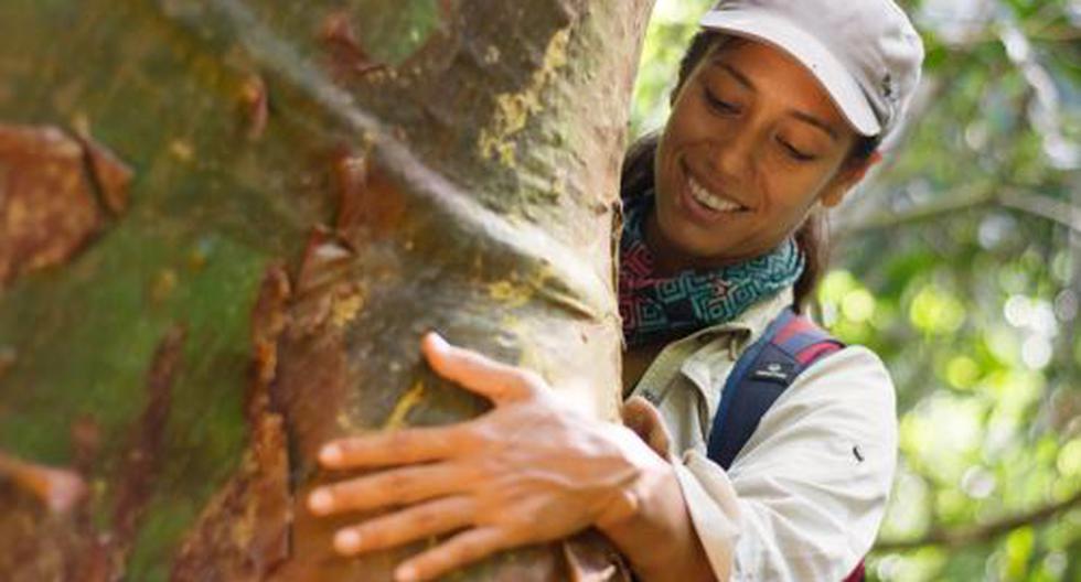 La directora ejecutiva de la Asociación para la Resiliencia para el Bosque Amazónico (Arbio), recibió el premio Jane Goodall en Nepal.(Foto: Arbio)
