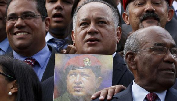 La constructora habría entregado dinero al dirigente chavista Diosdado Cabello para su campaña en las elecciones regionales de 2008. (Foto: AP)