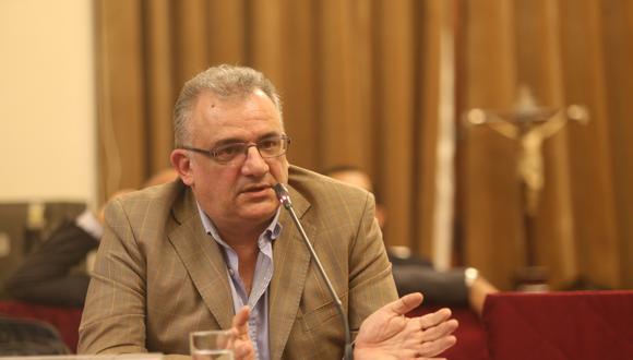 Gustavo Guerra García considera que los errores en el caso de Línea Amarilla son más de Luis Castañeda que de Susana Villarán. (Foto: GEC)