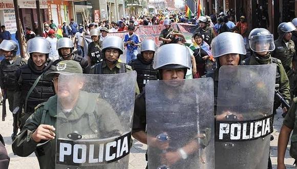 Un centenar de jóvenes de un partido opositor fueron detenidos en la región de Santa Cruz, al este de Bolivia, en posesión de alcohol y estupefacientes. (Referencial AFP)