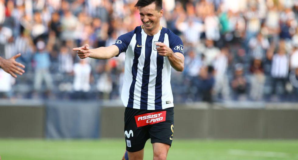 Alianza Lima venció 2-1 a Sport Huancayo con goles de Christian Adrianzen y Mauricio Affonso | Foto: Jesús Saucedo