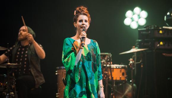 Lana del Rey dará dos conciertos en un cementerio de Hollywood