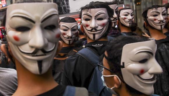 Miles de personas participan en marchas prohibidas por las autoridades de Hong Kong. (EFE/EPA/FAZRY ISMAIL).