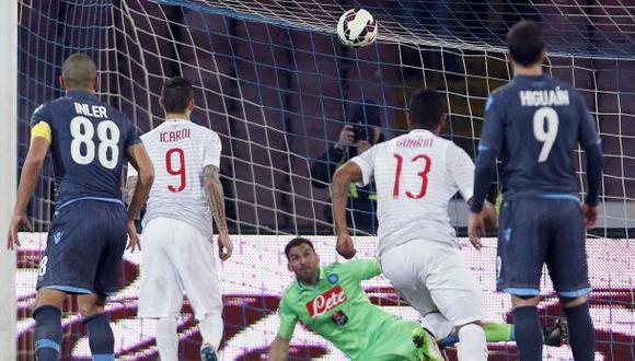 Mauro Icardi picó este penal y el Inter empató 2-2 con Napoli