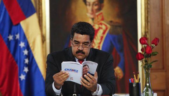 """Venezuela: Maduro defiende la oración del """"Chávez Nuestro"""""""