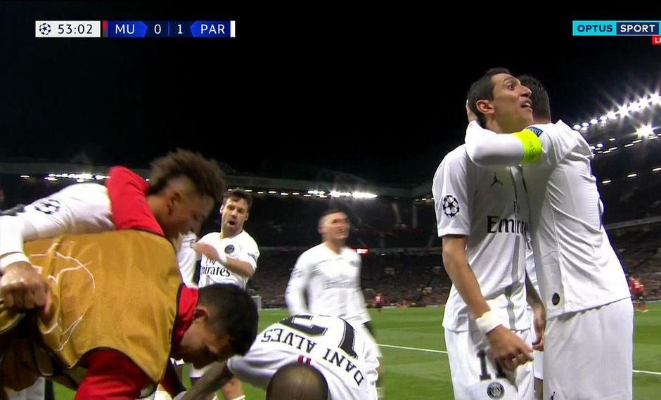 En un extraño e ilógico inglés, Ángel di María agredió verbalmente a los aficionados del Manchester United. Todo sucedió después del 1-0 del PSG en Old Trafford. (Foto: captura de video)