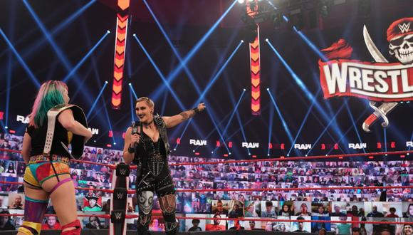 Rhea Ripley enfrentará a Asuka por el Título Femenino de Raw en WrestleMania | Foto: WWE