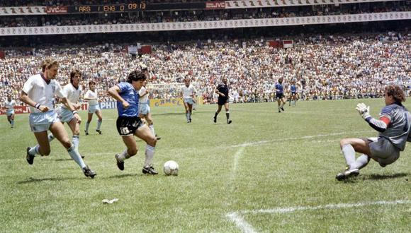 El gol de Diego Armando Maradona a Inglaterra será por siempre recordado como el más hermoso de los Mundiales. (Foto: Agencias).