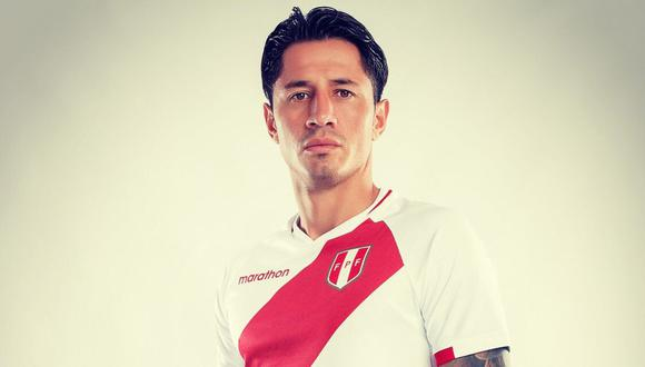 Gianluca Lapadula podría debutar esta noche con la selección peruana.