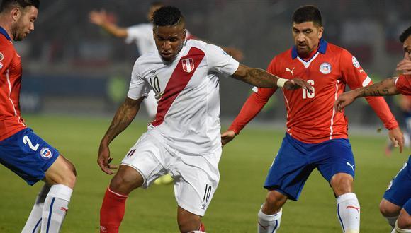 Jefferson Farfán le anotó 5 veces a la selección chilena. Foto: AFP.