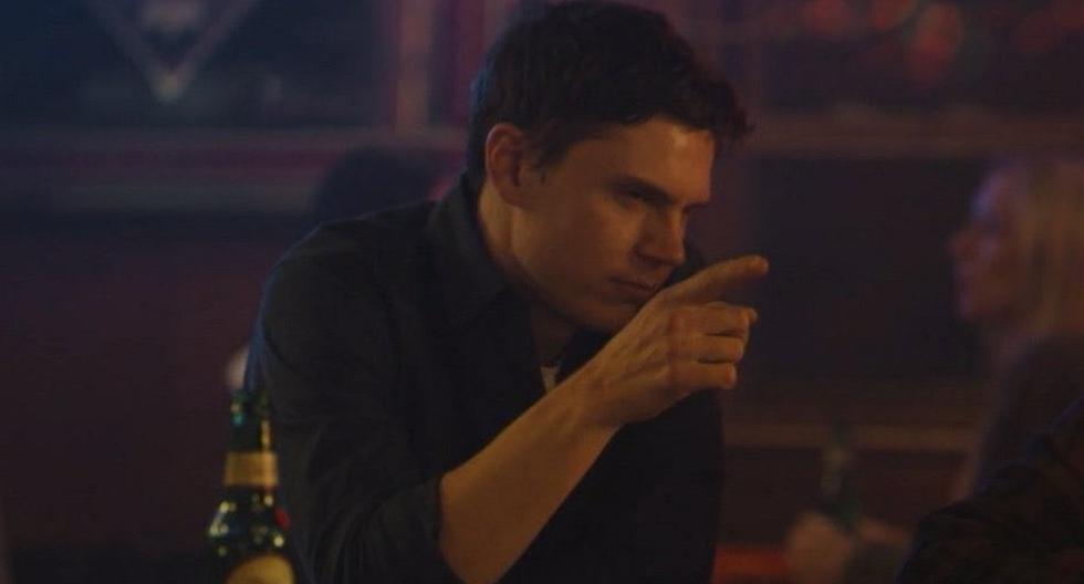 Evan Peters: la scena scioccante che gli è valsa un Emmy 2021 ma che gli ha fatto pensare di lasciare Mary of East Town    Emmy Awards    Amy    salta l'ingresso
