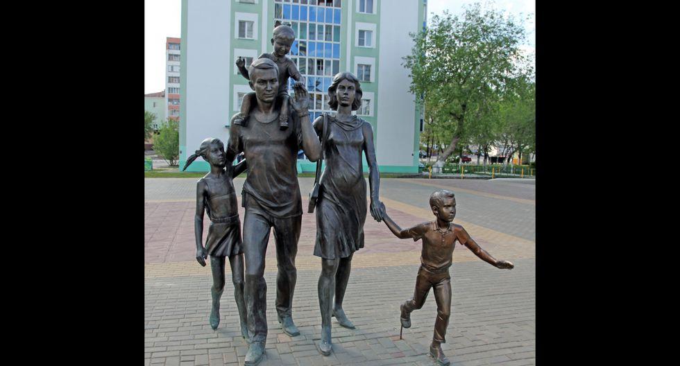 El monumento a la familia se encuentra en el centro de Saransk, cerca de la catedral de San Feodor Ushakov.  Foto: Shutterstock