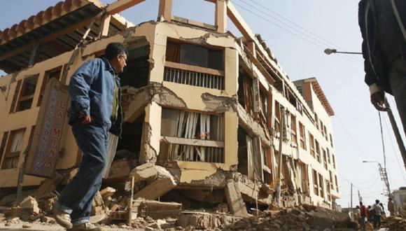 El arquitecto Jhonatan Cruzado advierte que las fisuras en nuestras casas son indicios de que la construcción necesita pasar por una supervisión para reducir los daños y prevenir caídas. (Difusión)
