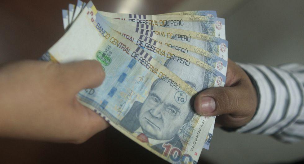 La última vez que se elevó el sueldo mínimo fue durante el gobierno de Pedro Pablo Kuczynski (PPK); y pasó de S/850 a S/930.