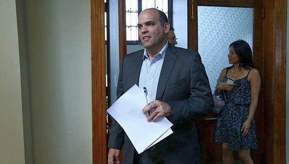 Fernando Zavala ratifica su respaldo a la ministra de la Mujer