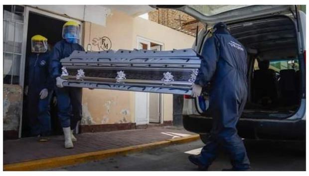 Con la pandemia, la muerte se ha instalado en la coyuntura y convertido en tema de actualidad para los medios. (FOTO: EL COMERCIO)