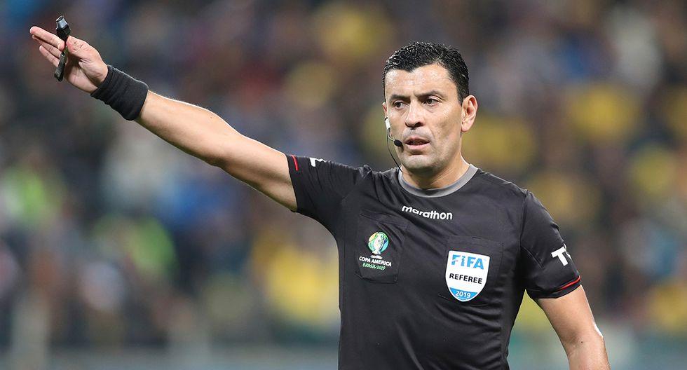 Roberto Tobar ha dirigido dos partidos en esta Copa América antes de la final. (Foto. AP)