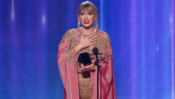 Taylor Swift recibió el premio Artista de la Década en la gala de los AMA, el último domingo. (Reuters)