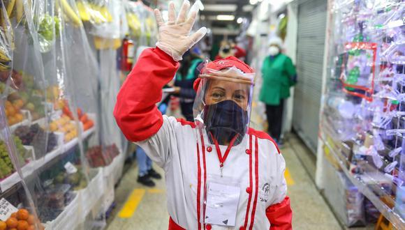 Cascos de Vida, mediante el cual se distribuye los protectores faciales especiales, es un movimiento regional que cuenta con el respaldo del PNUD en Perú y Colombia (Foto: Municipalidad de Lima)