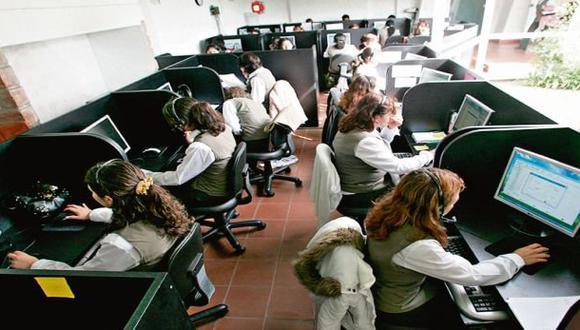 El director de la Asociación Peruana de Centros de Contacto (Apecco), Francisco Grillo, mencionó a este Diario que el gremio envió este lunes una solicitud oficial al Ejecutivo pidiendo poner en suspenso la norma.