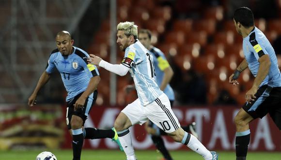Argentina visita a Uruguay este jueves 31 de agosto en el Estadio Centenario de Montevideo. Entérate todos los detalles de este partidazo por la fecha 15° de las Clasificatorias. Foto: AP