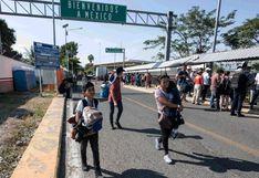 Primeros migrantes de nueva caravana logran ingresar a México