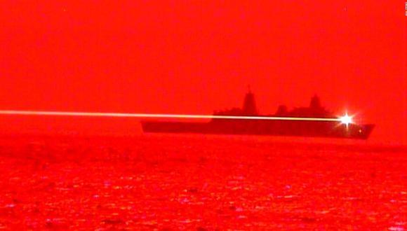 Estados Unidos prueba nueva arma láser LWSD que destruyó un dron en pleno vuelo; fue disparada desde el USS Portland (Foto: Armada de Estados Unidos).