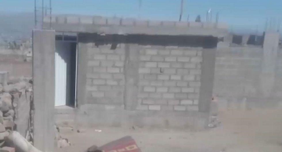 El cadáver de la mujer fue hallado en una vivienda ubicada en el distrito de Alto Selva Alegre. (Foto: Captura/América Noticias)