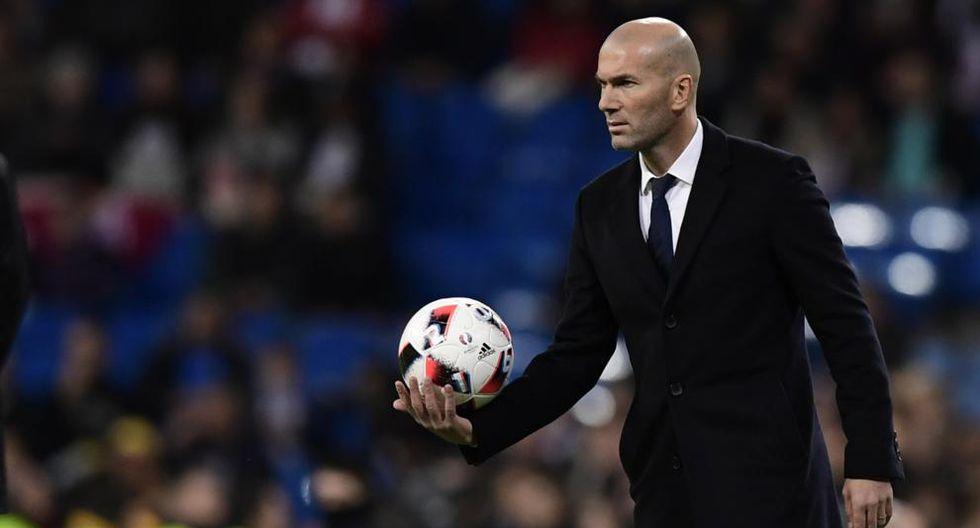 Los números de Zinedine Zidane en esta temporada con el Real Madrid no son los mejores. De hecho son idénticos a los de José Mourinho en la campaña 2012-13. (Foto: AFP)