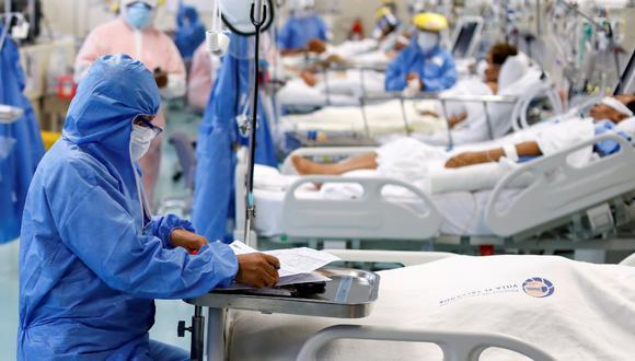 En las últimas semanas se ha incrementado el número de personas hospitalizadas en la unidad de cuidados intensivos. (Foto: archivo/ Reuters)