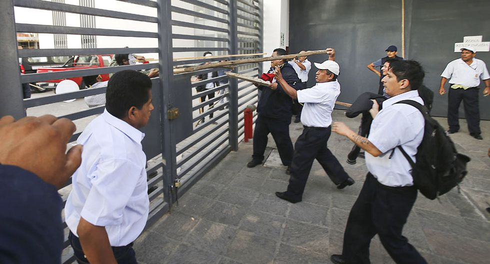 UNMSM: así fue enfrentamiento entre estudiantes y trabajadores - 13