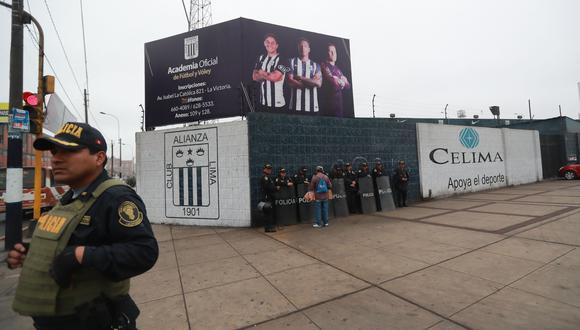 Las dirigencias de los clubes deben garantizar que sus hinchas no realizarán concentraciones. (Foto: GEC)