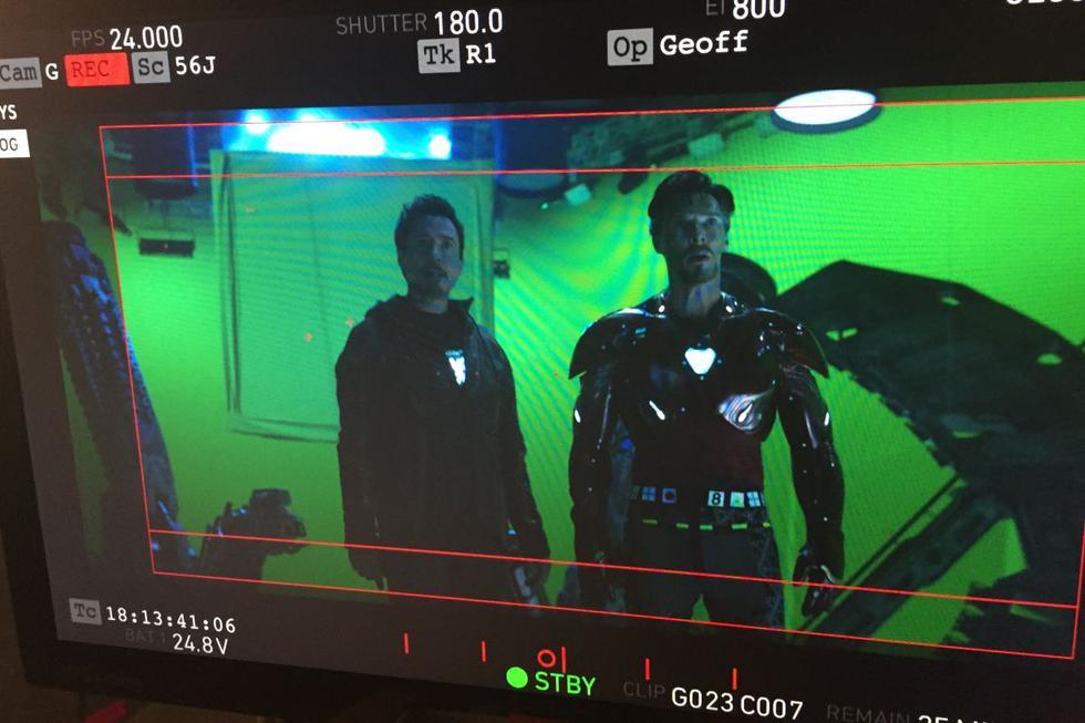 """Iron Strange y Doctor...Man - El rescate de Doctor Strange de las manos de Ebony Maw pudo ser diferente. Según el guionista Stephen McFeely, una escena que estuvo en producción pero no se utilizó veía al maestro de la magia utilizar la armadura de Iron Man. """"Algunas eran demasiado increíbles (y largas) para dejarlas. Pero bueno, uno todavía puede soñar..."""", indicó.  (Foto: Marvel)"""
