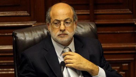 Abugattás respondió preguntas de fiscal sobre aporte minero
