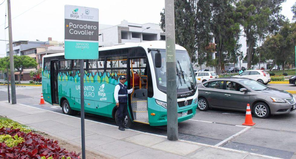 Los dos buses, con capacidad para 30 pasajeros cada uno, realizan diariamente dos rutas por las calles internas de San Borja. (Difusión)