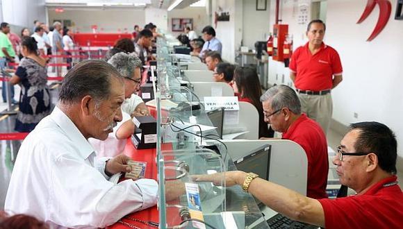 """""""Los problemas de bajas coberturas y pensiones son conocidos. Sabemos de su poca solidaridad y redistribución"""", señala Tuesta (Foto: GEC)."""