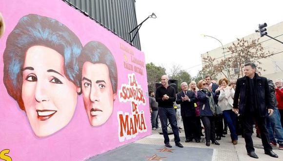 """Mural de """"La sonrisa de mamá"""", homenaje de la ciudad de Buenos Aires a Palito Ortega. (Foto: buenosaires.gob.ar / Mayo de 2014)"""