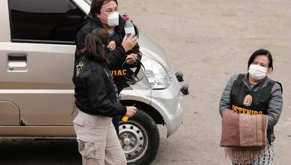Desde el pasado viernes, nueve personas, entre ellas Mirian Morales y Richard Cisneros, fueron detenidas preliminarmente por efectivos de la Diviac a pedido de la fiscalía. (Foto: GEC)
