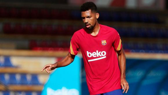 Matheus Fernandes evalúa demandar a Barcelona por su despido.