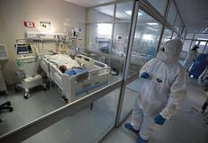 La otra curva de la pandemia: en setiembre número de hospitalizaciones por el COVID-19 cayó en un 24%
