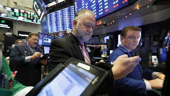 La Bolsa de Nueva York cerró una sesión para el olvido en medio de dudas por la tregua comercial entre Estados Unidos y China. (Foto: AP)