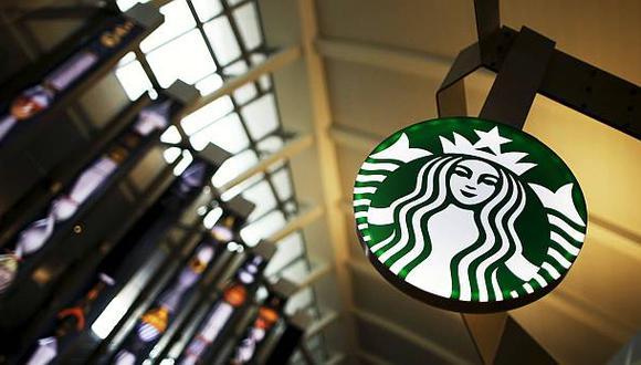 Starbucks lidia con cuellos de botella por pedidos móviles