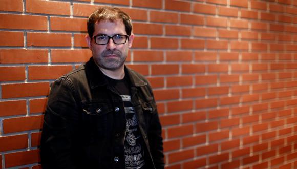 "Juan Carlos Fisher, director de ""Hsitorias virales""; serie peruana grabada a distancia. Foto: Renzo Salazar."