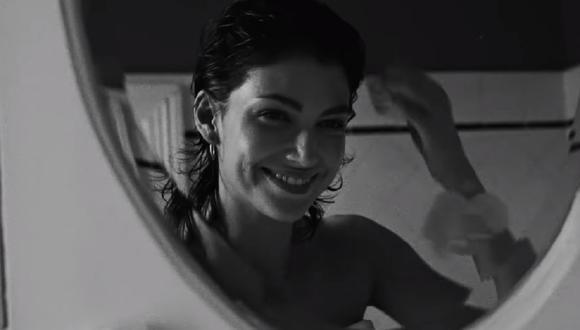 """""""Un día"""", lo nuevo de J Balvin, Dua Lipa, Bad Bunny y Tainy, es protagonizado por Úrsula Corberó. (Foto: Captura YouTube)"""